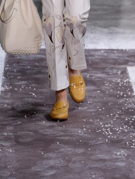 tods-milan-fashion-week-spring-summer-2015-shoes-4