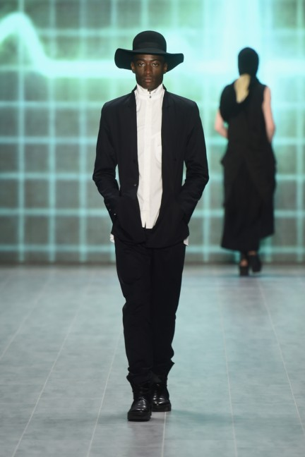 umasan-mercedes-benz-fashion-week-berlin-spring-summer-2015-17