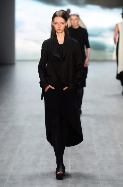umasan-mercedes-benz-fashion-week-berlin-spring-summer-2015-31