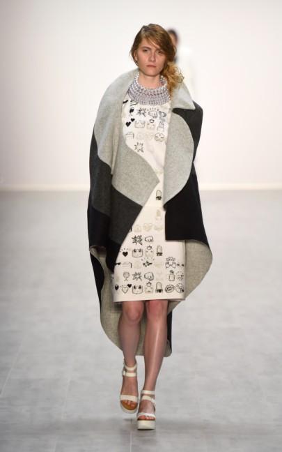 universitat-der-kunste-berlin-mercedes-benz-fashion-week-berlin-spring-summer-2015-51
