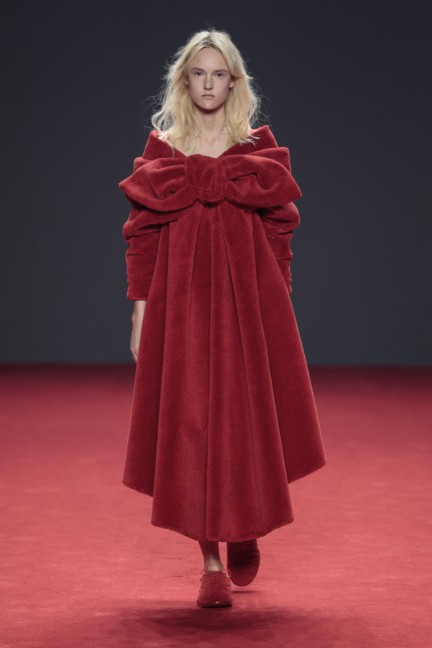 viktor-rolf-haute-couture-autumn-winter-2014-2015-16
