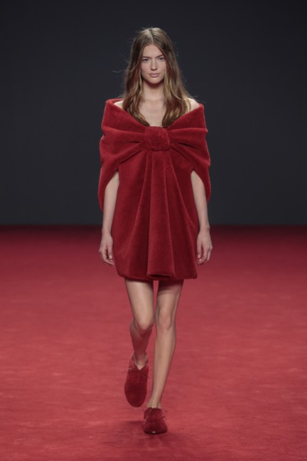 viktor-rolf-haute-couture-autumn-winter-2014-2015-19