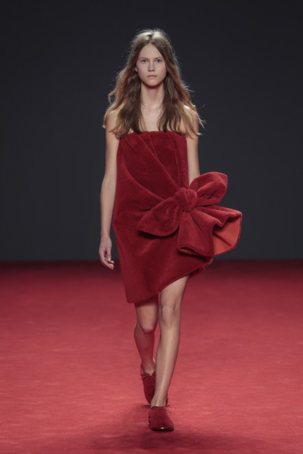 viktor-rolf-haute-couture-autumn-winter-2014-2015-2