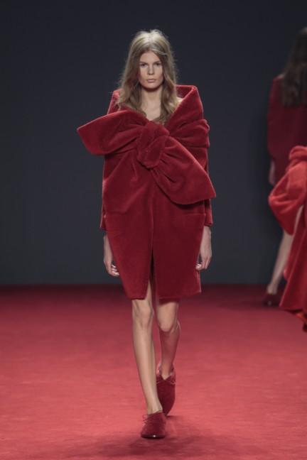 viktor-rolf-haute-couture-autumn-winter-2014-2015-21