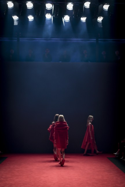 viktor-rolf-haute-couture-autumn-winter-2014-2015-23