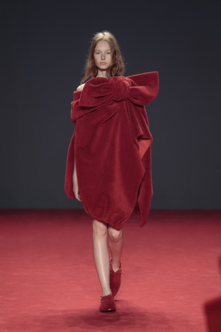 viktor-rolf-haute-couture-autumn-winter-2014-2015-3