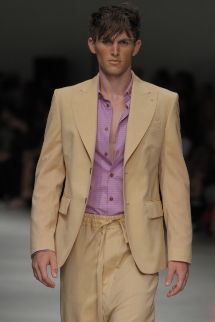man_ss14_catwalk_imagery_015