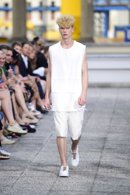 vladimir-karaleev-mercedes-benz-fashion-week-berlin-spring-summer-2015-12