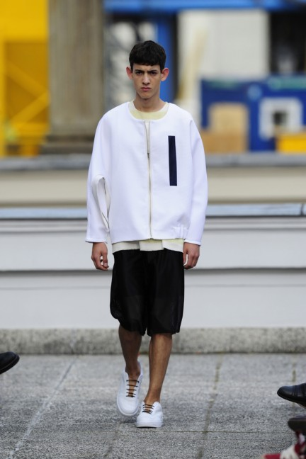 vladimir-karaleev-mercedes-benz-fashion-week-berlin-spring-summer-2015-19