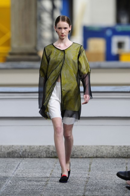 vladimir-karaleev-mercedes-benz-fashion-week-berlin-spring-summer-2015-25