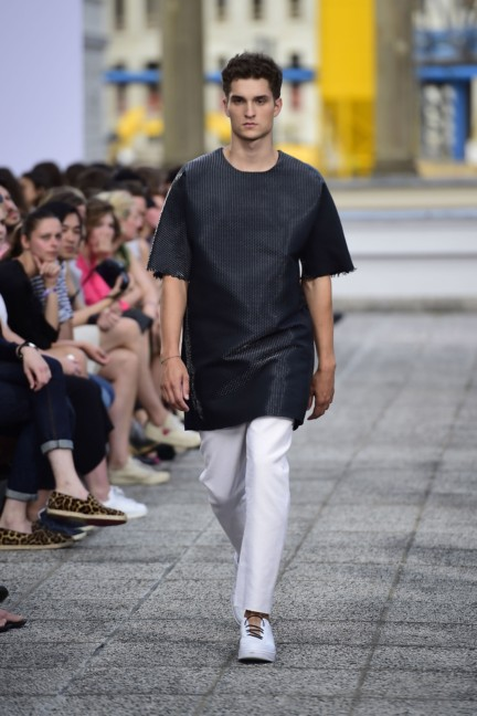 vladimir-karaleev-mercedes-benz-fashion-week-berlin-spring-summer-2015-3