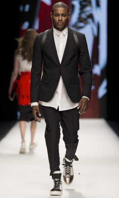 whyred-fashion-week-stockholm-spring-summer-2015-20