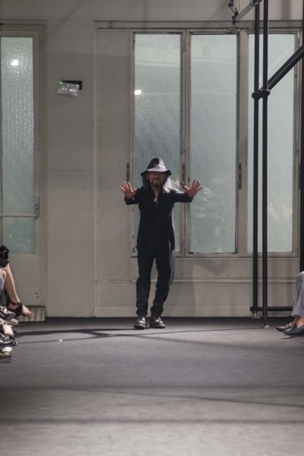 yohji-yamamoto-paris-mens-ss-17-backstage-56