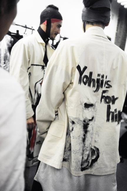 yohji-yamamoto-paris-mens-ss-17-21