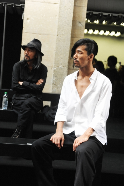yohji-yamamoto-paris-mens-ss-17-3
