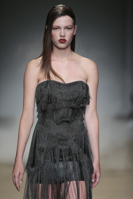 zyanya-keizer-mercedes-benz-fashion-week-amsterdam-spring-summer-2015-31