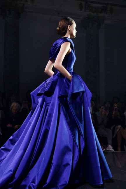 Ralph & Russo AW14 look 20 High Res