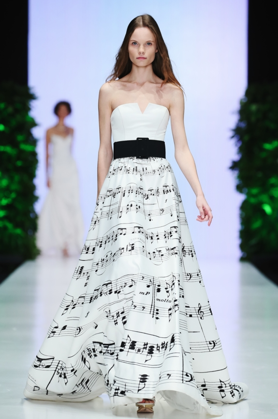 ss-2016_mercedes-benz-fashion-week-russia_RU_0001_tarik-ediz_59261