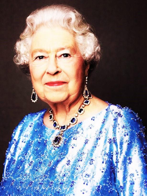 Queens-Sapphire-Jubilee (7)